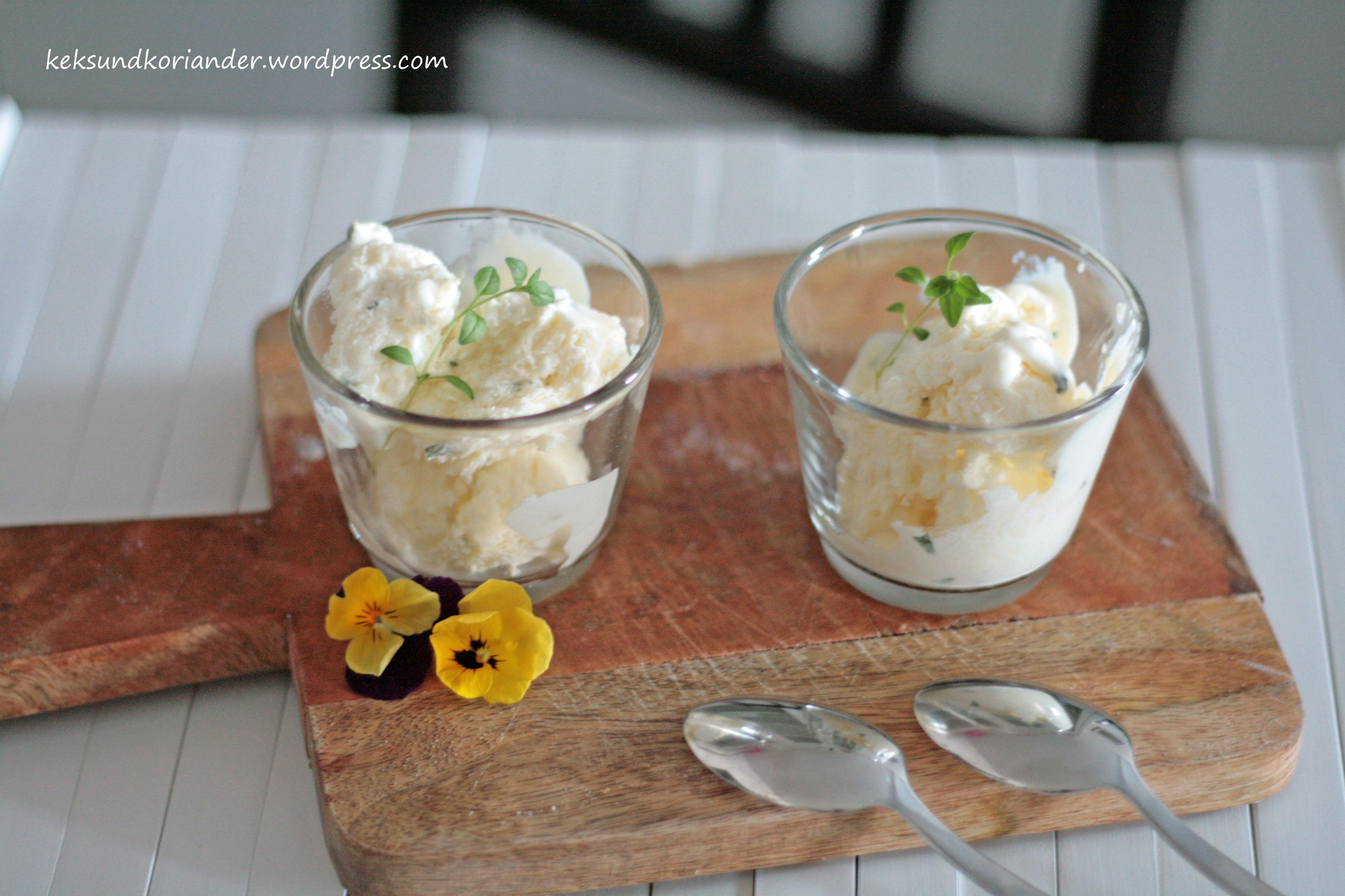 Joghurteis mit Thymian und Honig ohne Eismaschine2