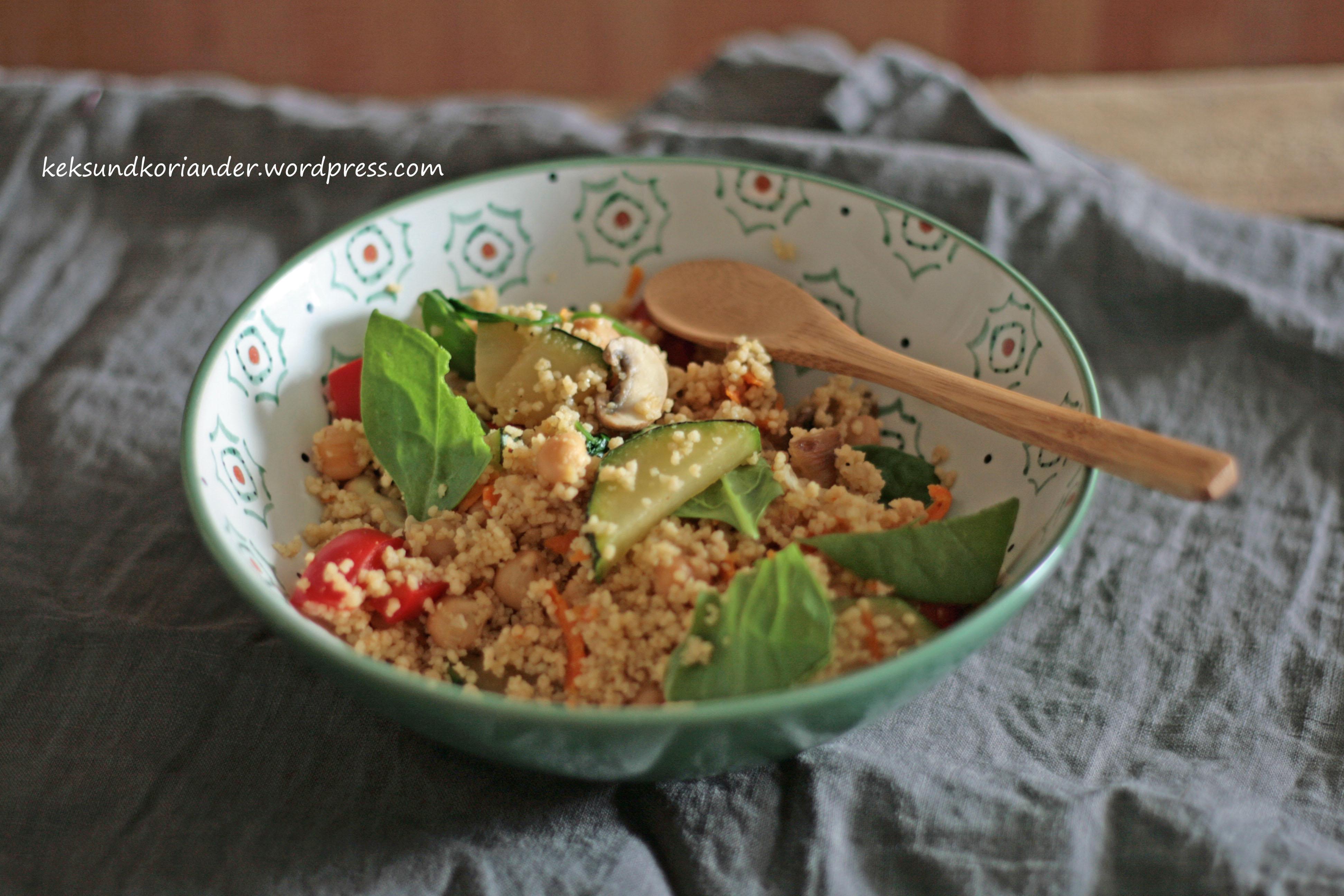 Couscous mit Gemüse und Kichererbsen