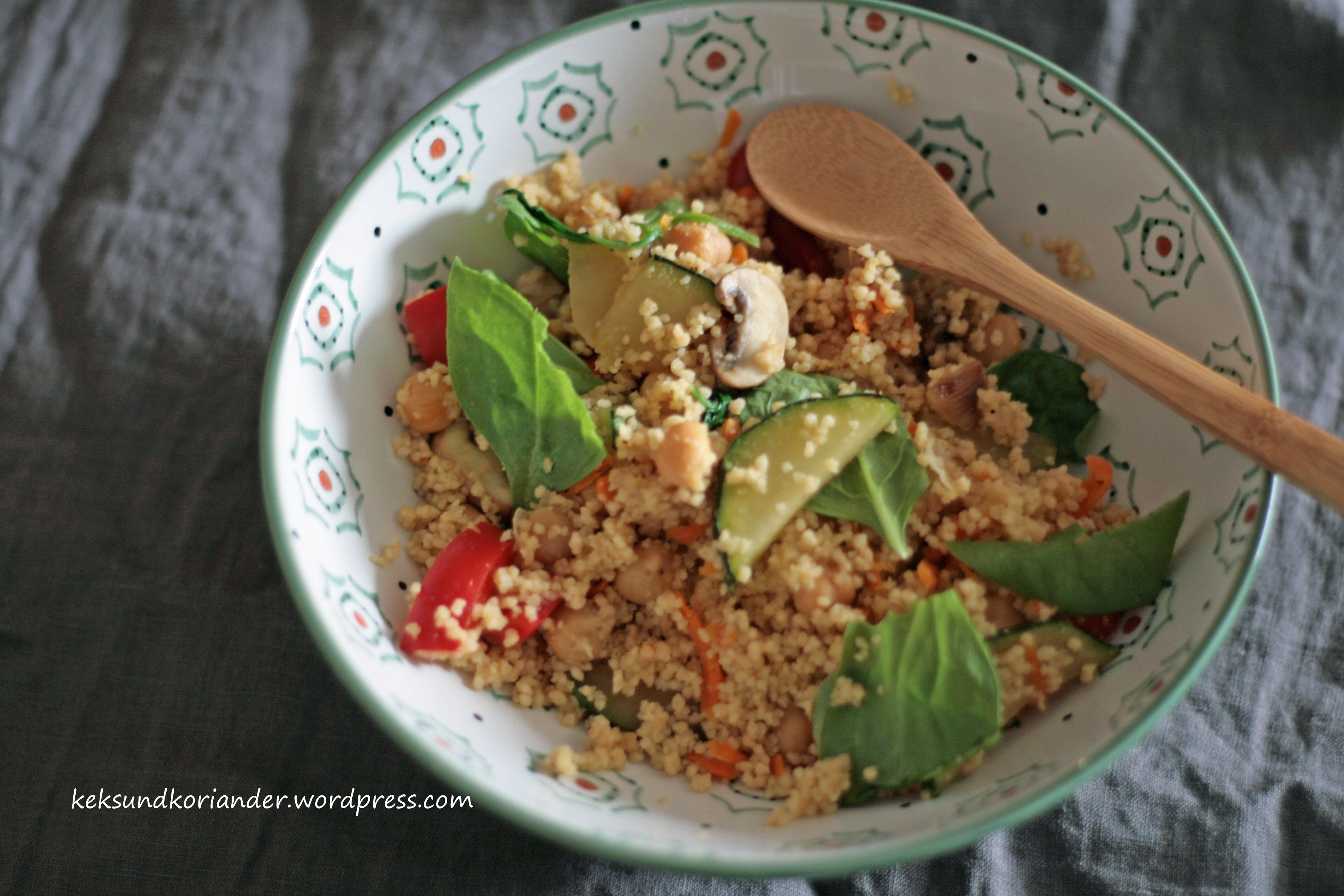 Couscous mit Gemüse und Kichererbsen3