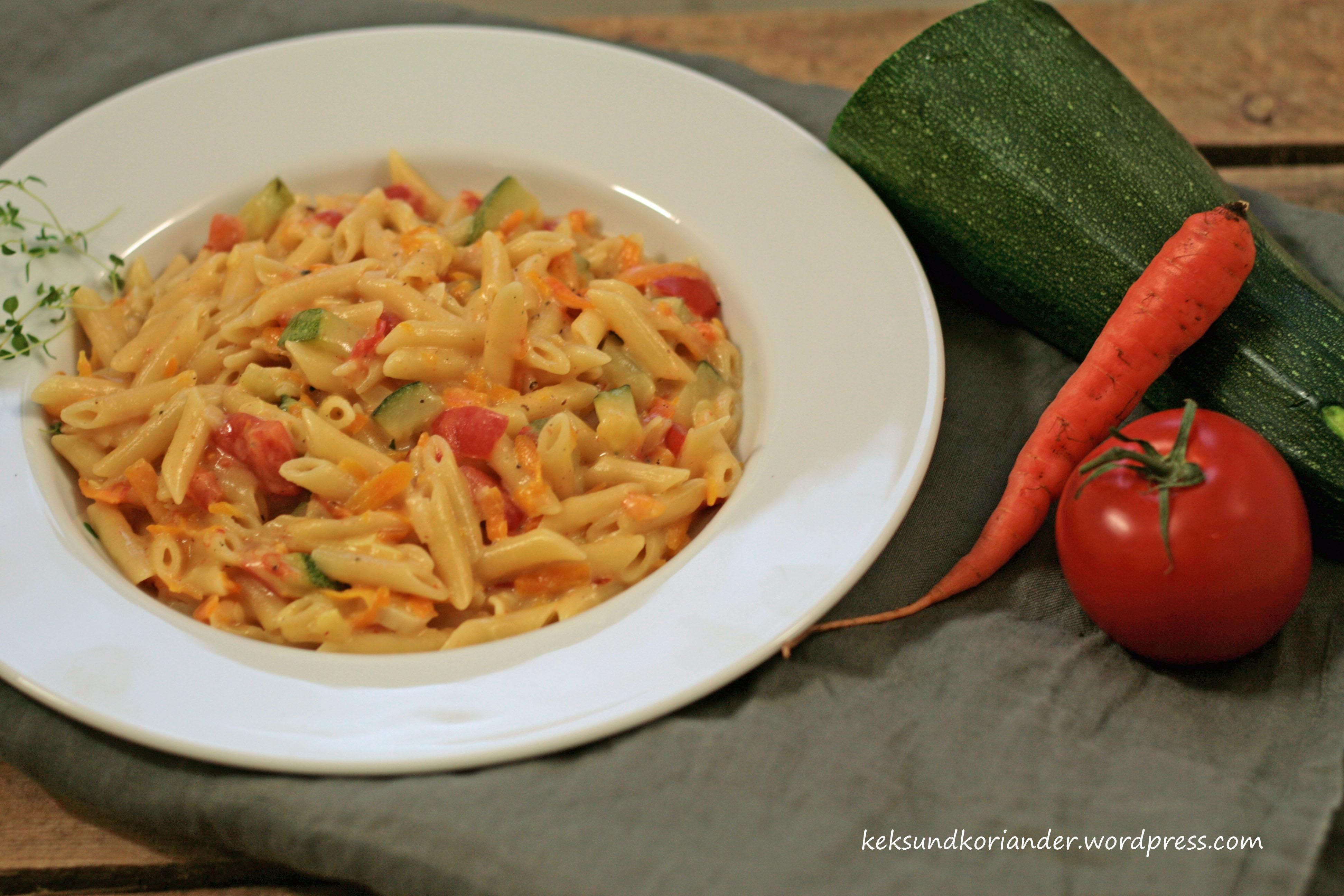 One pot pasta mit zucchini tomate 2