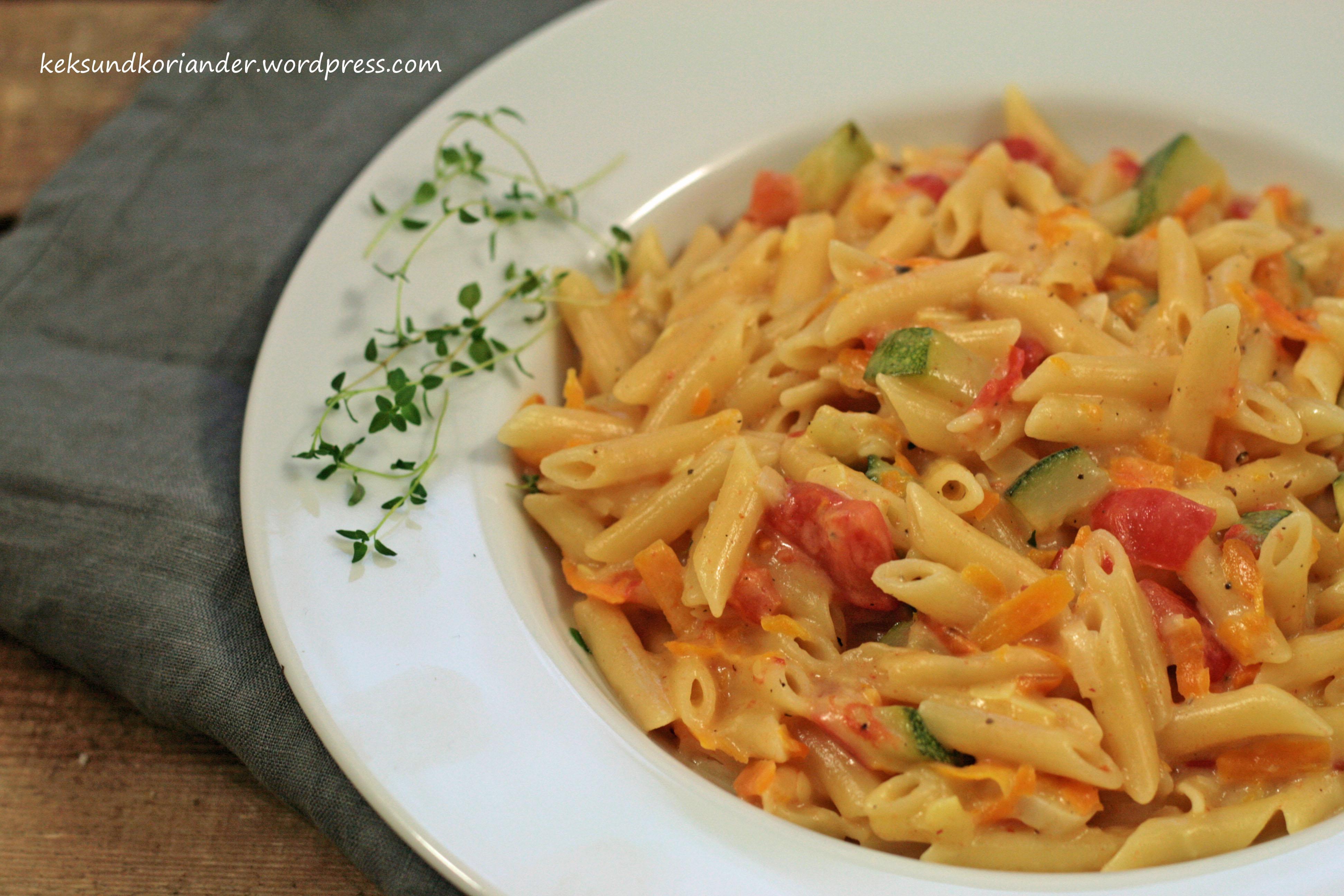 One pot pasta mit zucchini tomate 3