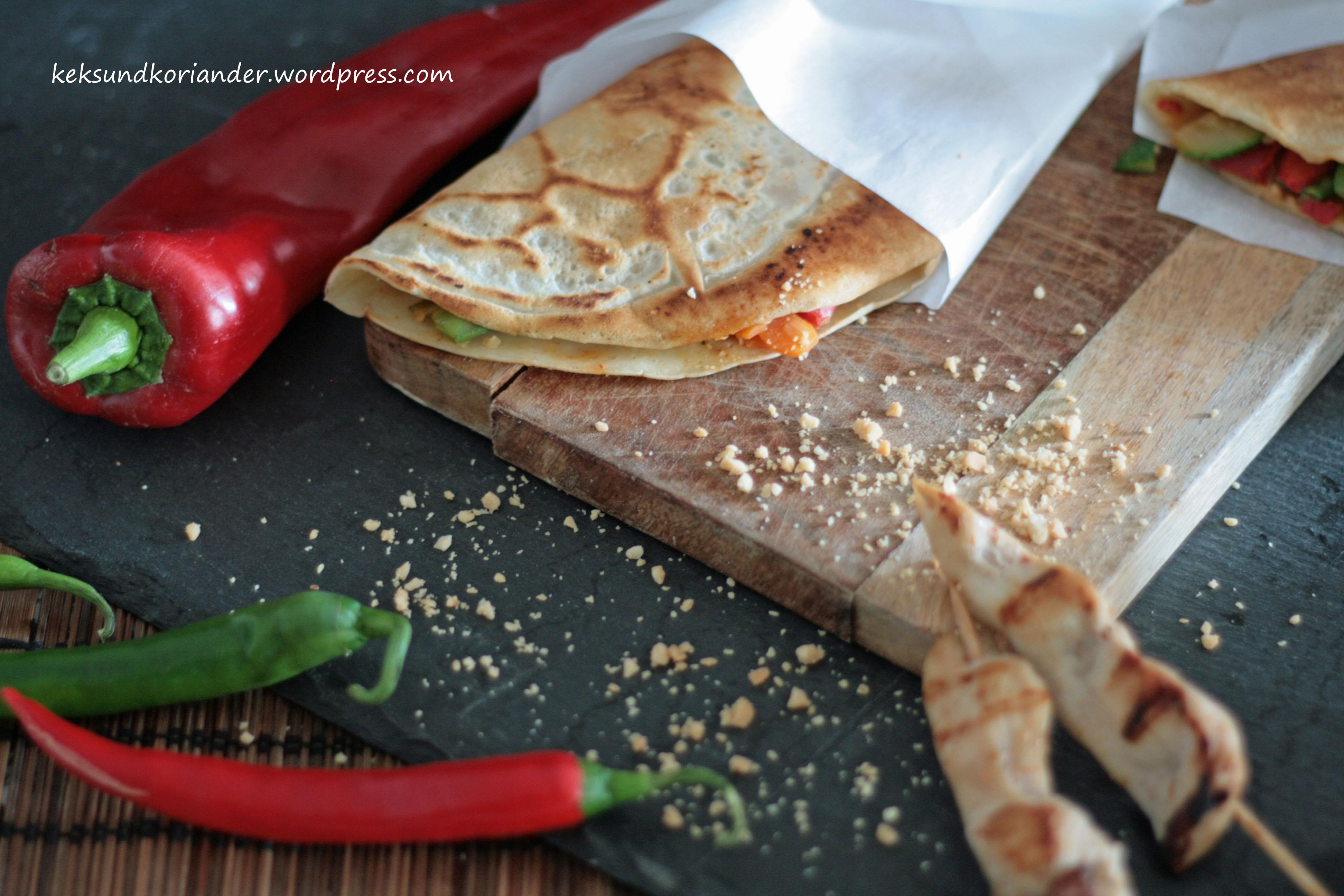 Serabi indonesische Pfannkuchen Gemüse Sambal Oelek 3