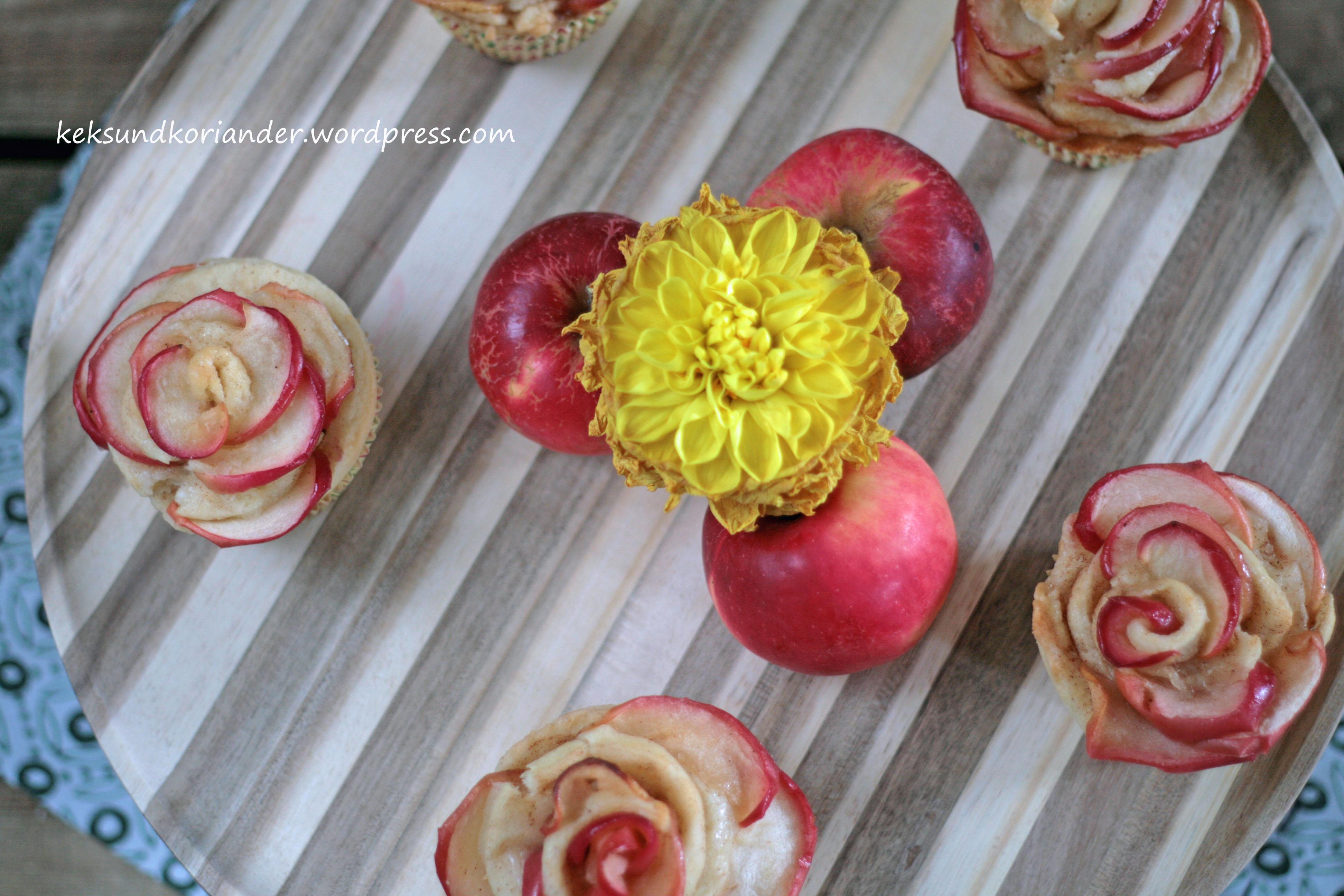 Apfelblumen Muffins Schnecken Joghurt-Öl-Teig Zimt3