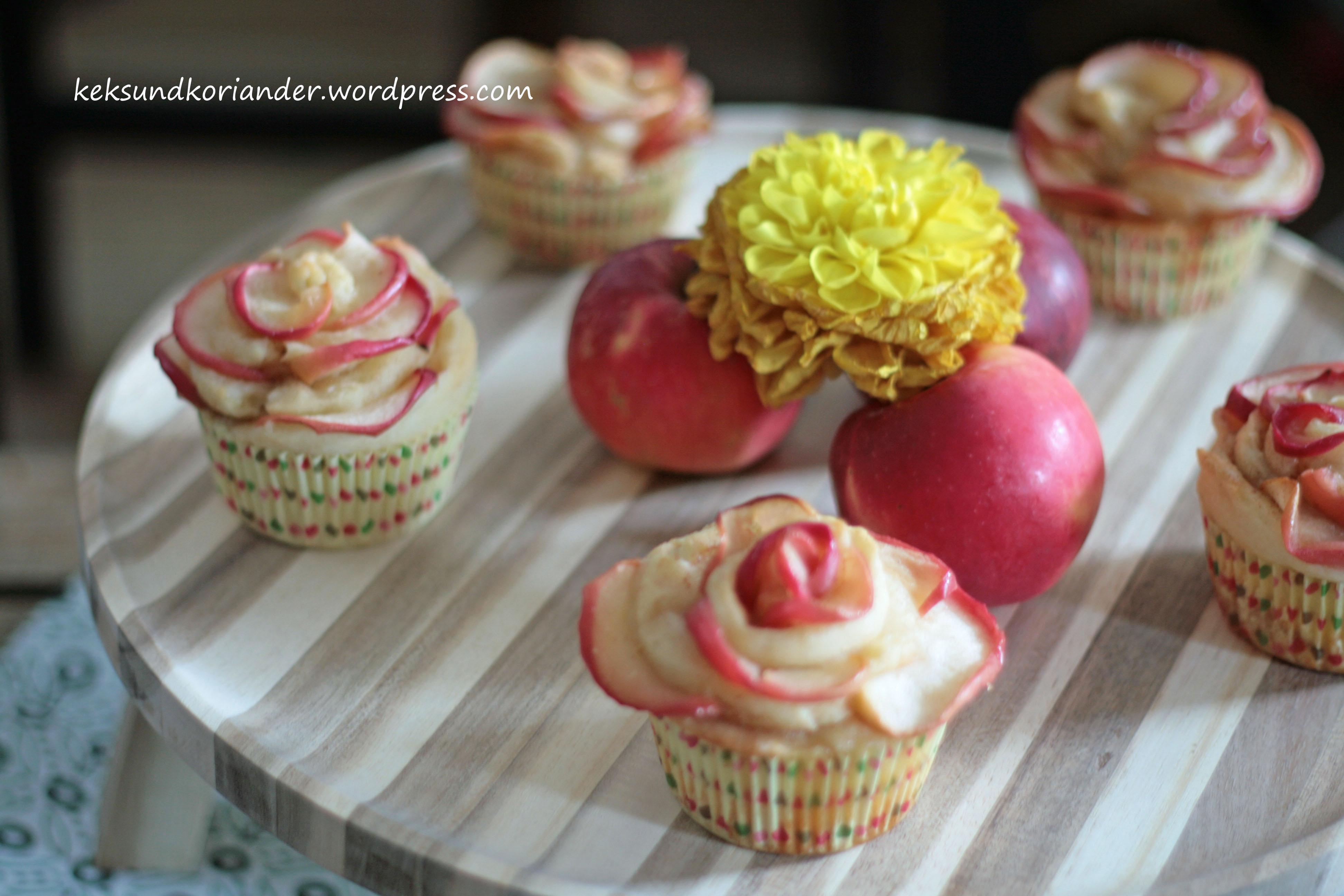 Apfelblumen Muffins Schnecken Joghurt-Öl-Teig Zimt5