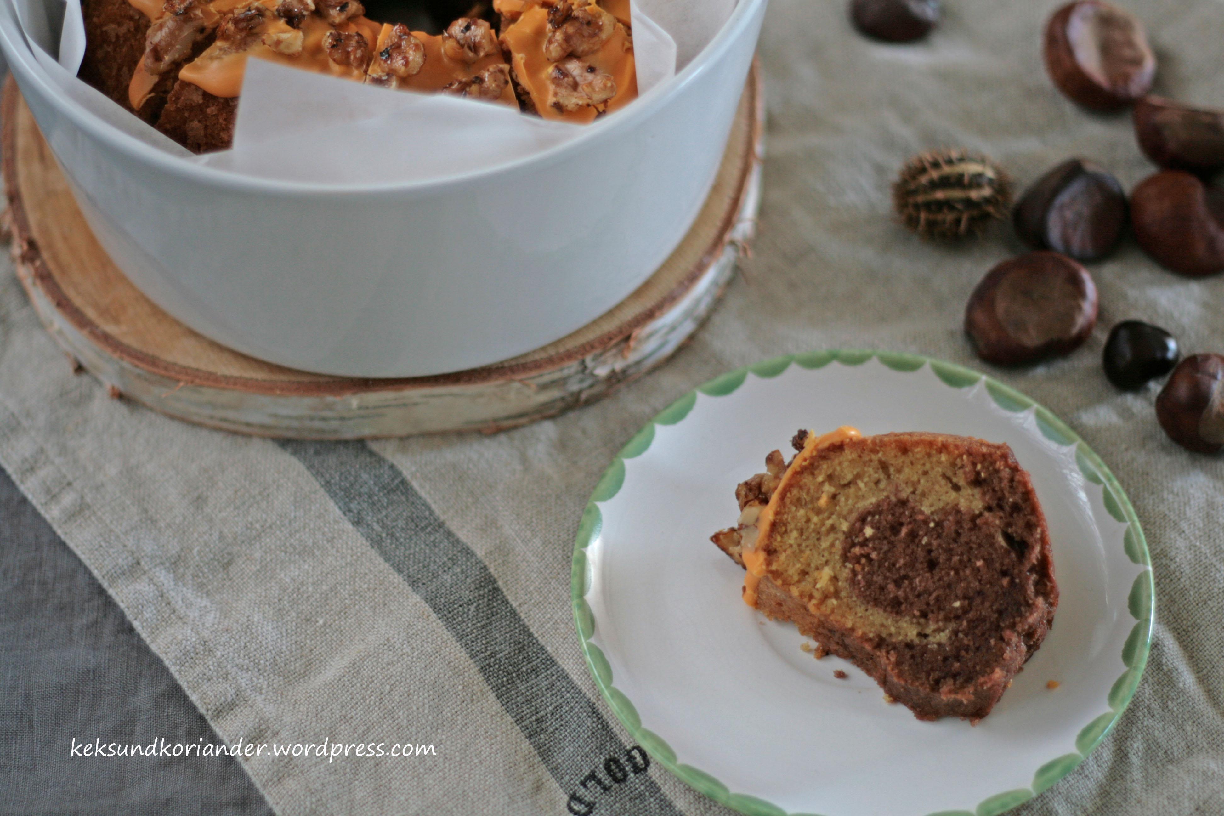 Kürbismarmorkuchen mit ZImt und karamelissierten Walnüssen2