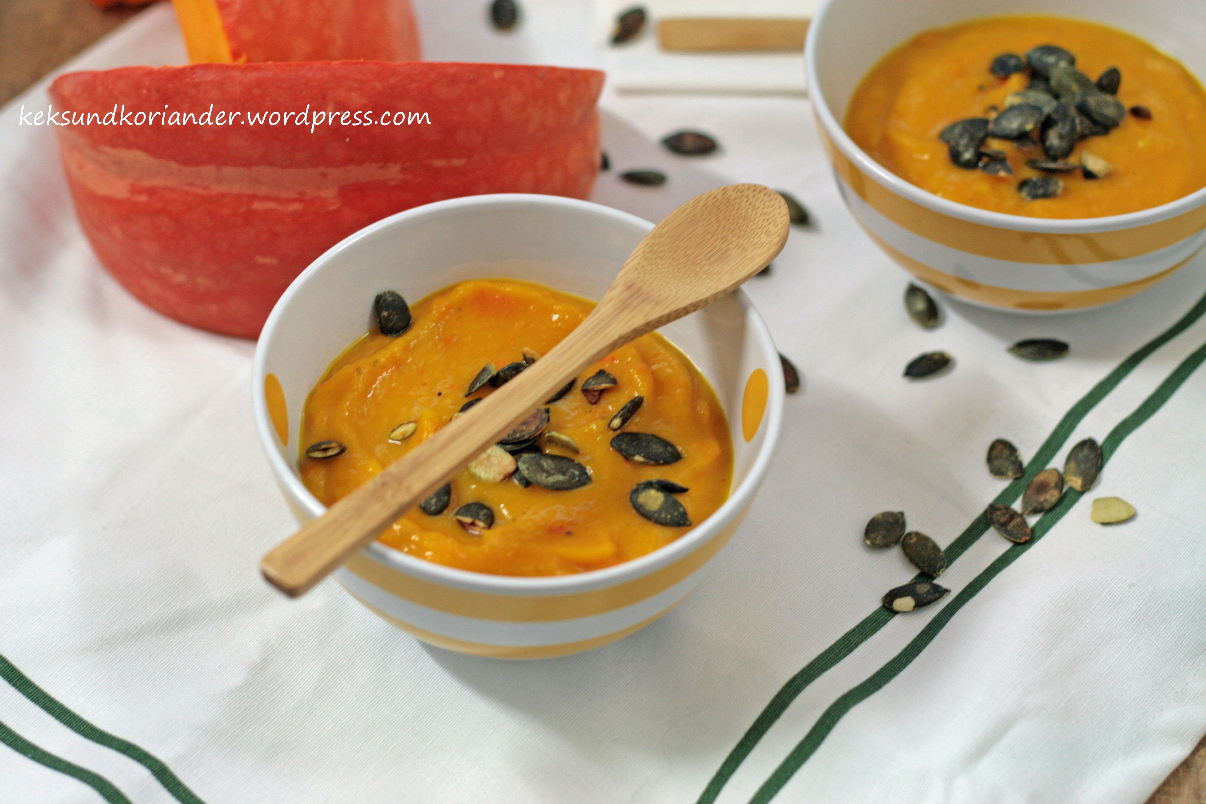 Kürbissuppe mit Ingwer und Kürbiskernen soulfood 3