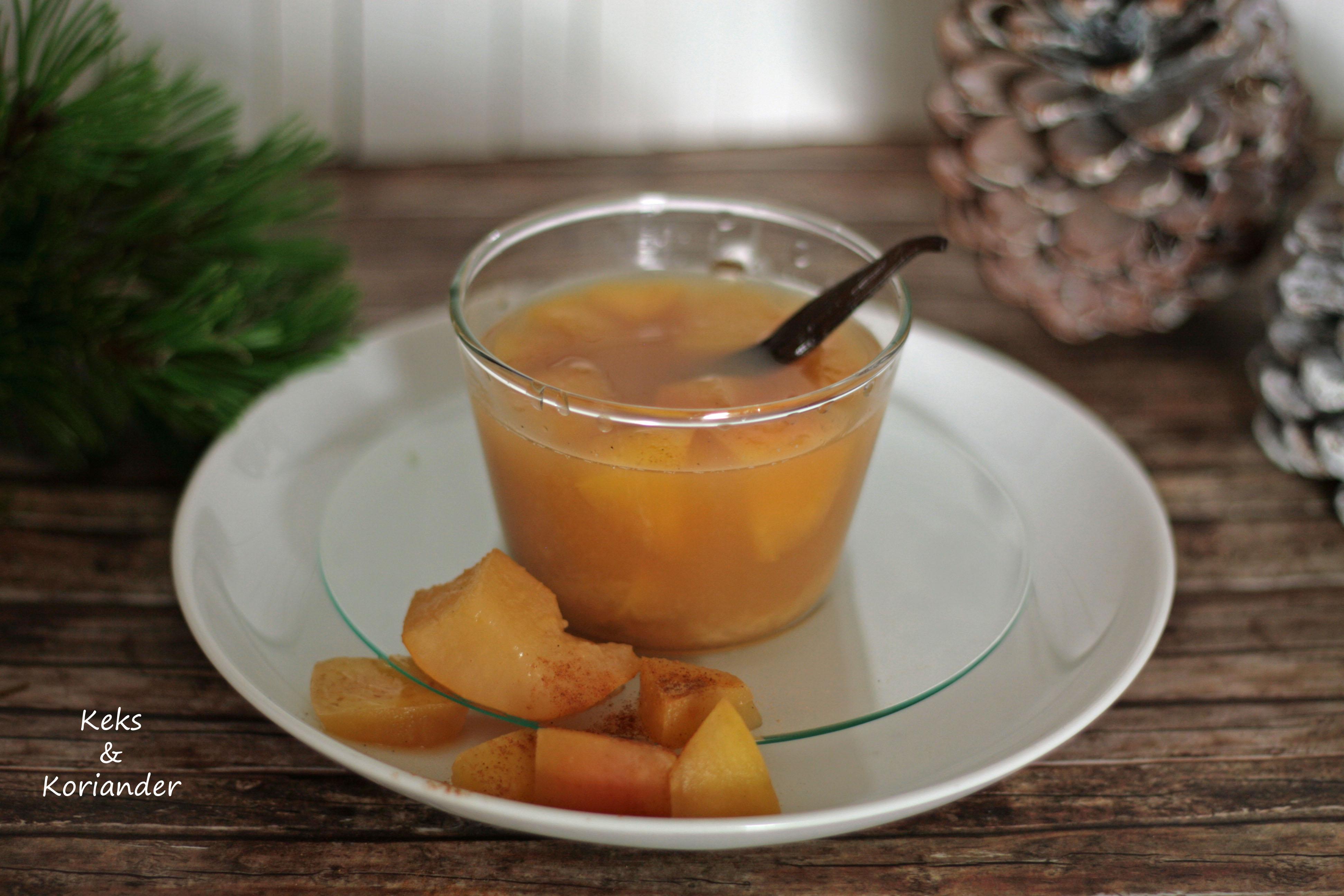 Apfelpunsch mit Rum, Zimt und Vanille