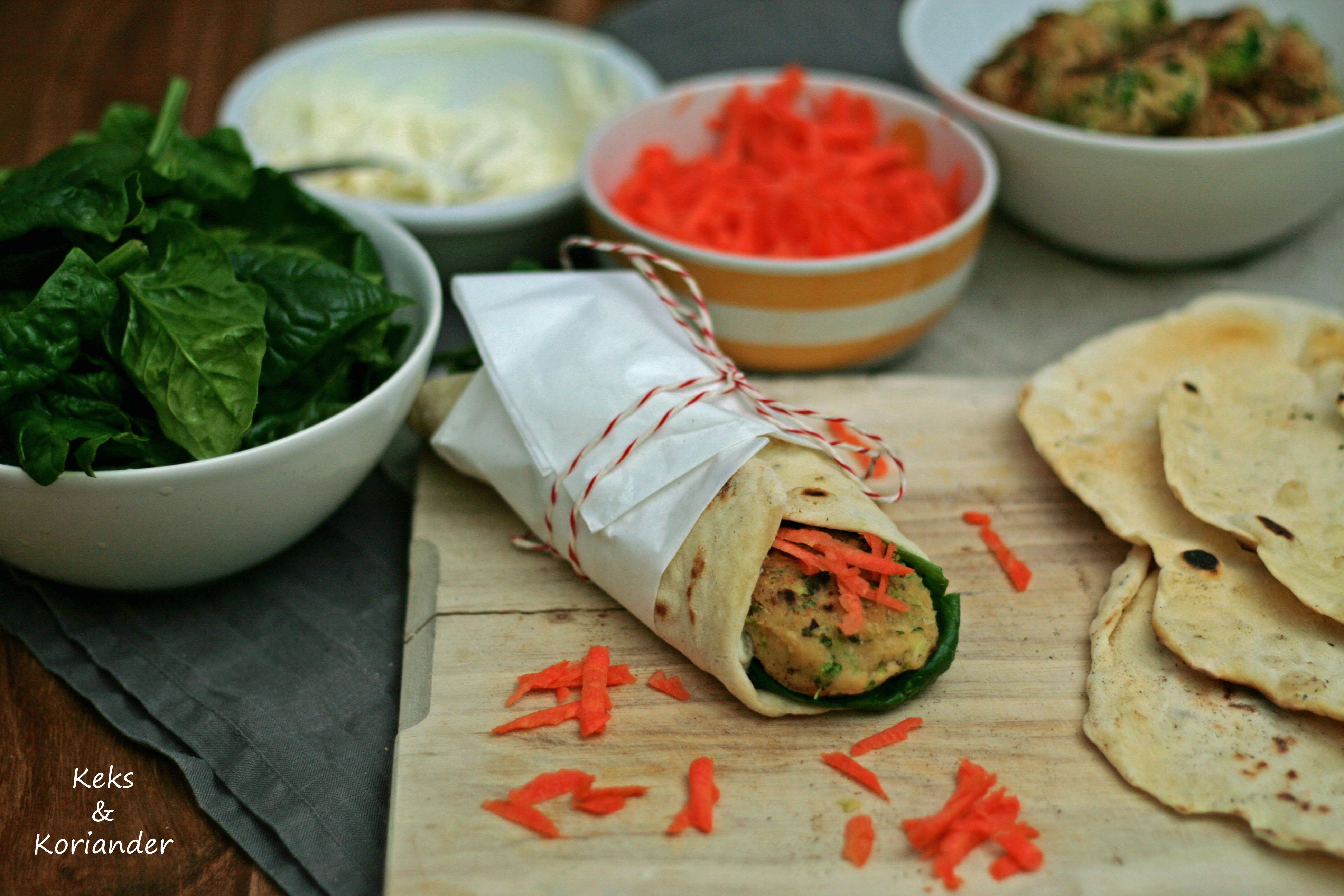 Wraps mit Falafel, Spinat, Karotte, zum Mitnehmen, take away