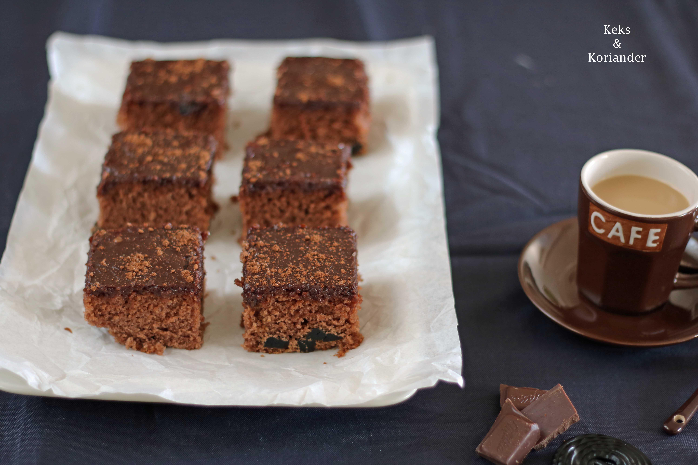 Isländischer Kuchen Skuffukaka Schokokuchen Kaffeeguss 3