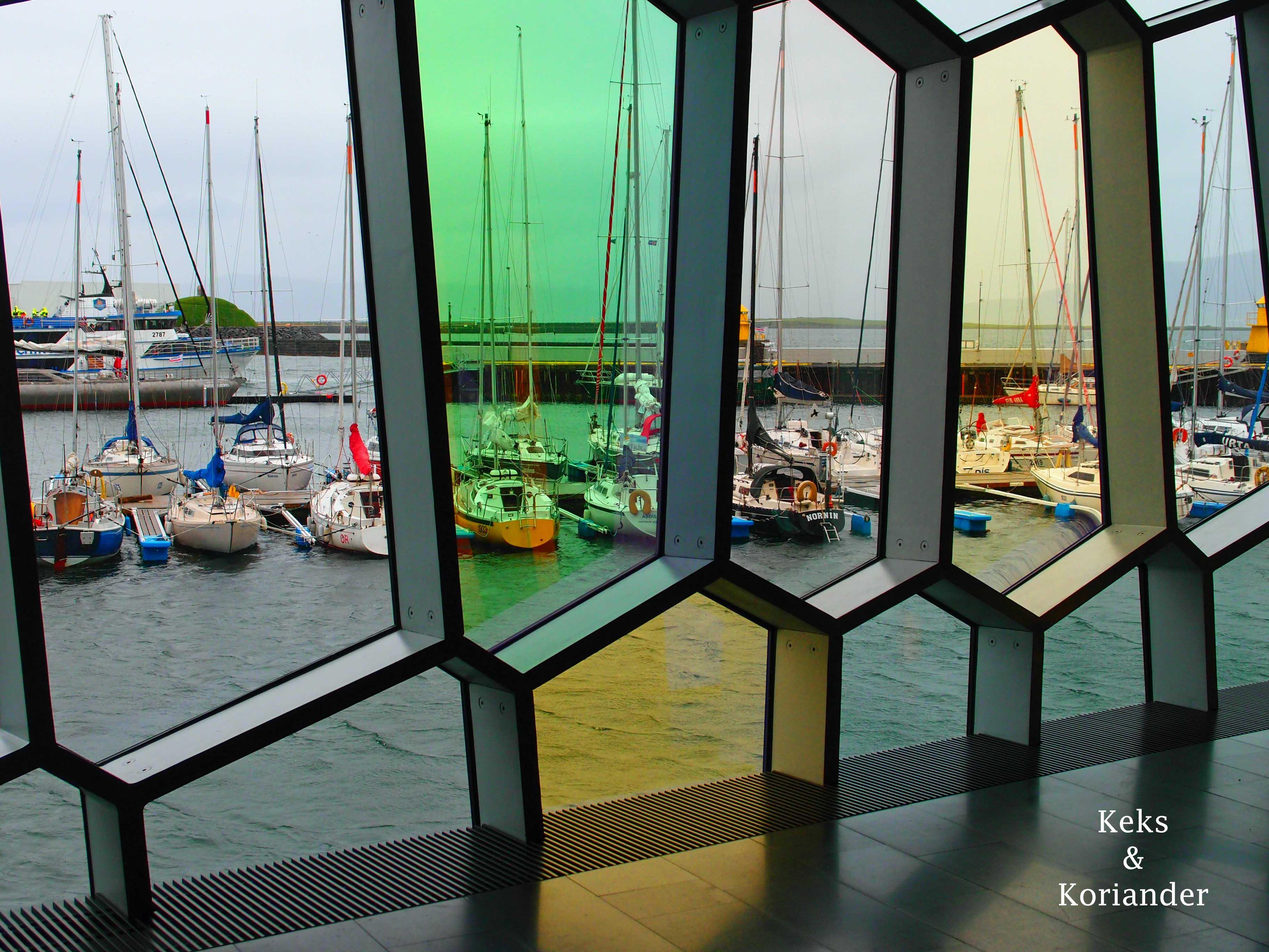 Harpa Reykjavik Island Glasfenster Hafen
