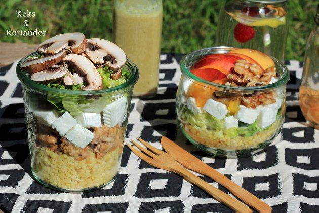 Salat im Glas Picknick, mit Pute, Ziegenkäse, Nektarinen