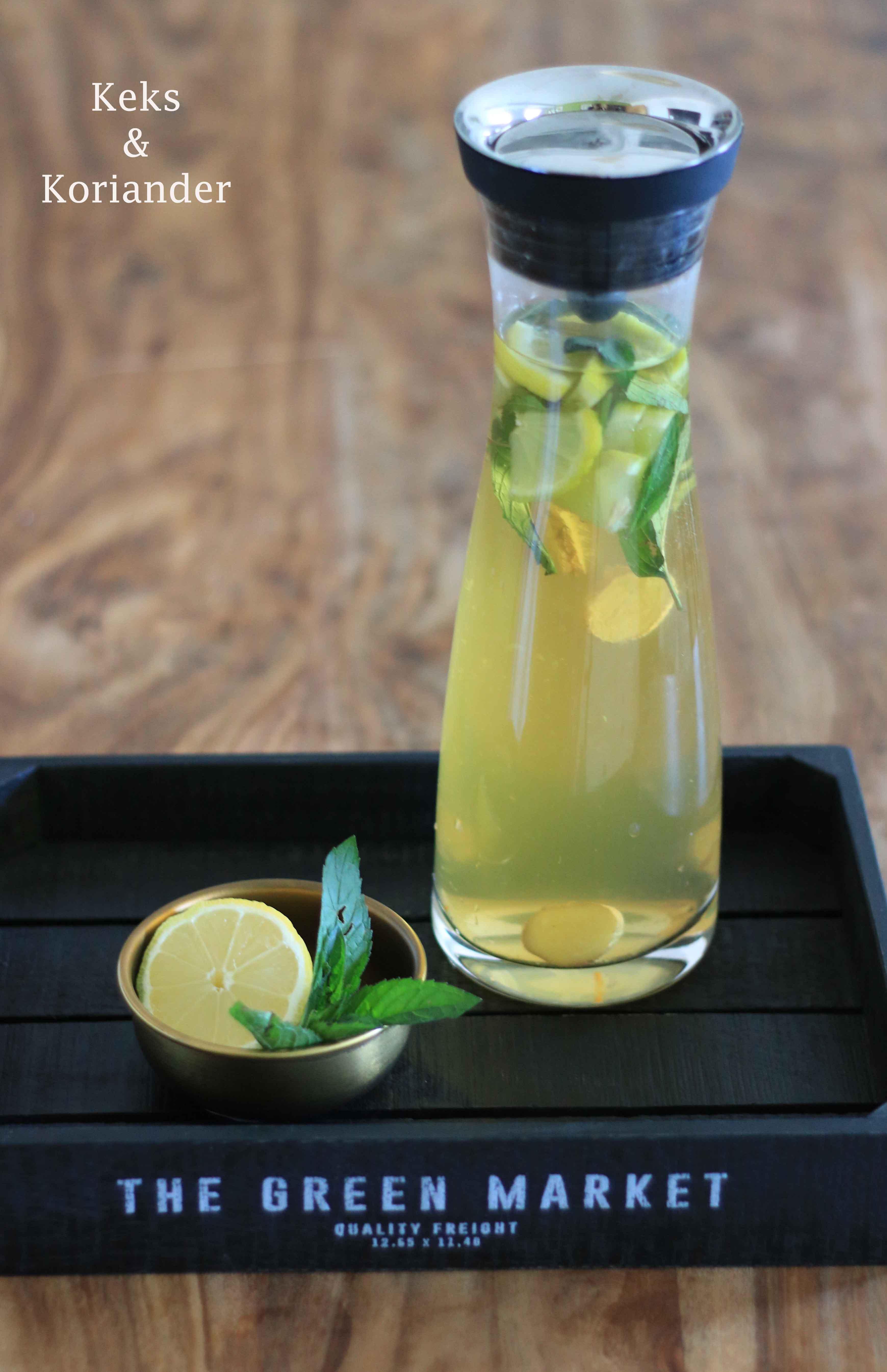 Zitroneneistee selber machen mit Minze und Ingwer 2