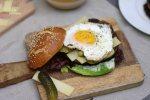 Bayerischer Burger Laugenbuns Ei Bärlauchmayo