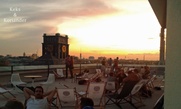 München Vorhoelzer Forum TUM Dachterrasse Sonnenuntergang