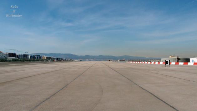Rollbahn des Flughafens in Gibraltar