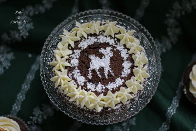 minitarte-lebkuchen-schoko-mit-salted-caramel-frosting