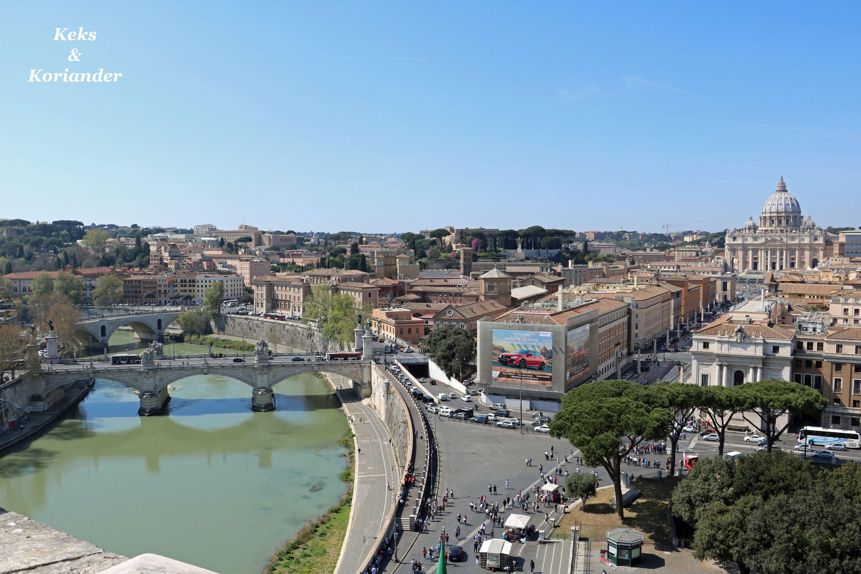 Rom Italien Petersdom Engelsburg Tiber