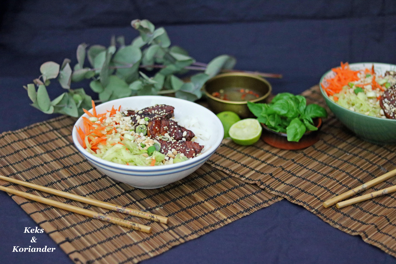 Bun Cha: Karamellisiertes Schweinefleisch aus der vietnamesischen ...