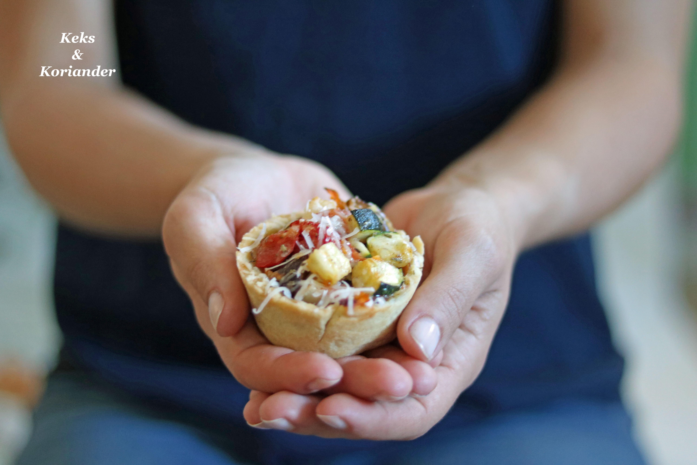 Mürbeteig-Muffins mit Ratatuille Füllung, Prosciutto und Parmesan 2