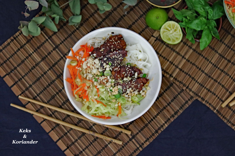 Bun Cha vietnamesisch Schweinefleisch karamellisiert