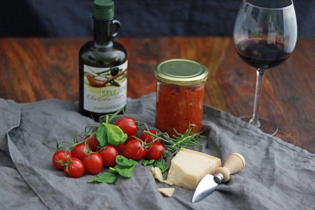 Calzone Büffelmozzarella Salsiccia